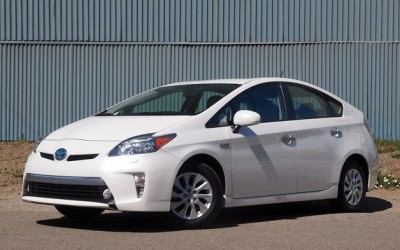 Toyota Prius Plug-In is Third Fastest-Selling Car in America