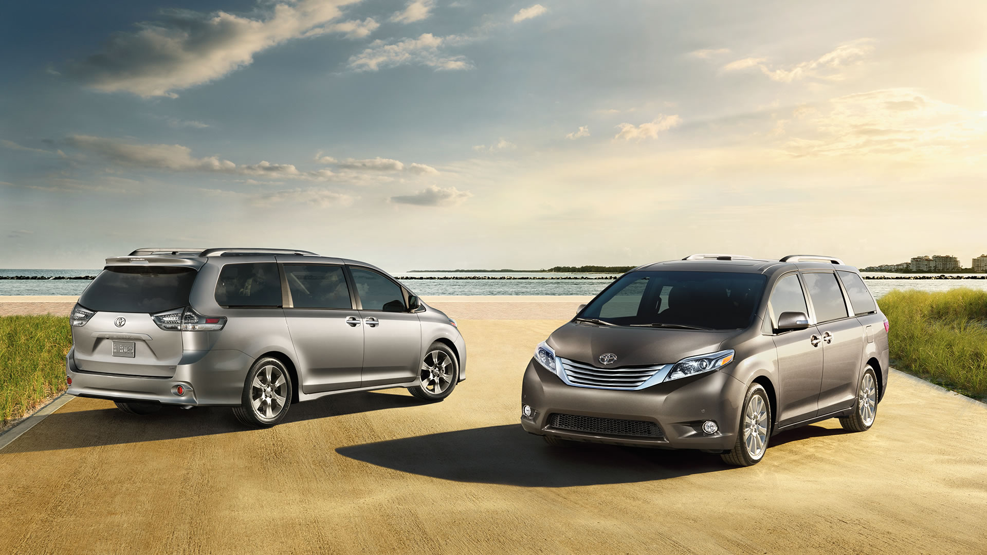 expert drive toyota of review test se sienna