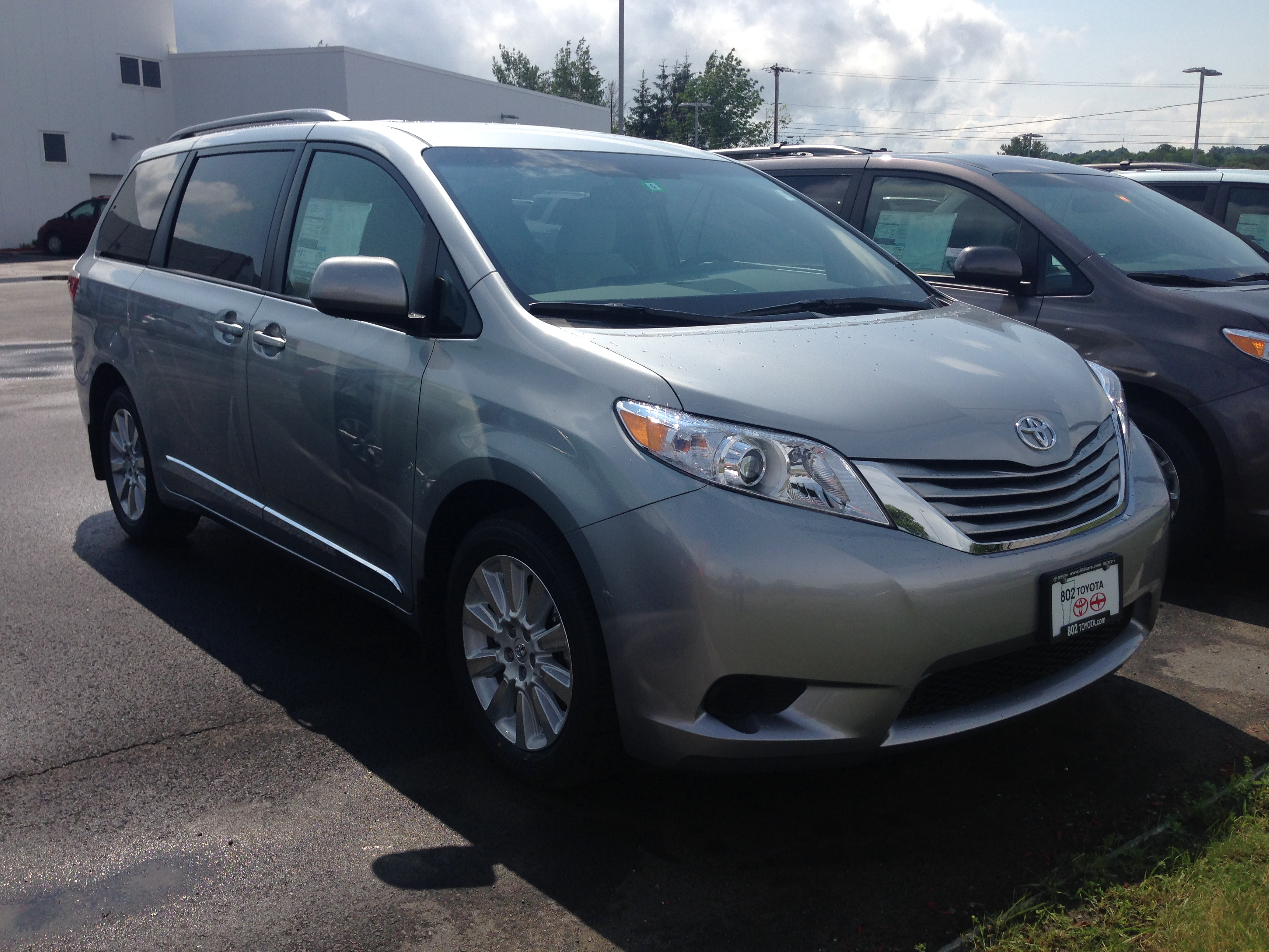 toyota and road review youtube in detailed watch sienna minivan test